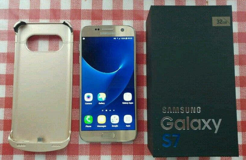 Samsung S7 32GB Unlocked Mint condition with 23 months warranty