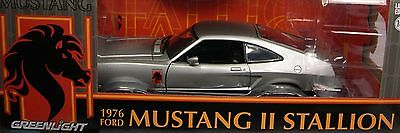 SILVER 1976 FORD MUSTANG II STALLION GREENLIGHT 1:18 SCALE DIECAST METAL CAR