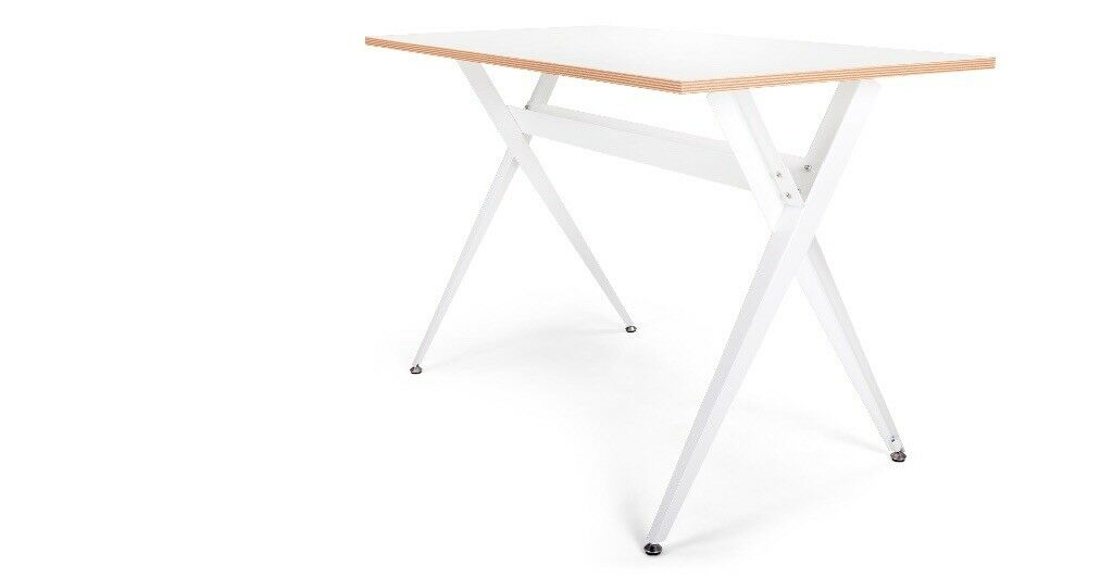 Made com - Graphix White Desk Table