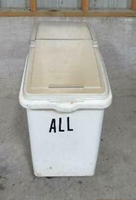 Sysco 26 Gallon Dry Ingredient Bin Storage Cart Laundry Dog Pet Food