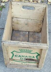 RP2188 Vintage Canada Dry Ginger Ale Soda Pop Wood Wooden Crate Kawartha Lakes Peterborough Area image 1