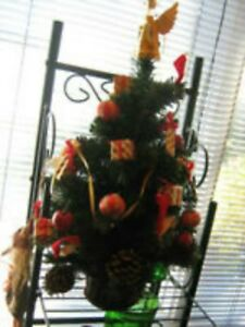 X-MAS Tree-Tabletop-Decorated--$10.