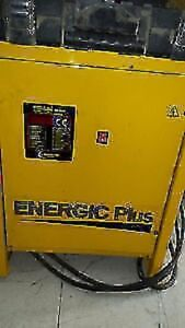 Chargeur Energie Plus BELGIUM 240v/ 20A/ 24v-120A