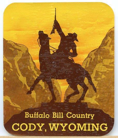 VINTAGE BUFFALO BILL COUNTRY CODY WYOMING COWBOY SOUVENIR TRAVEL DECAL LABEL ART