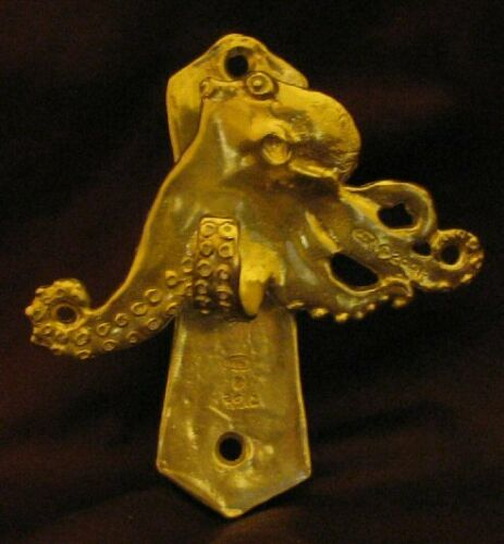 OCTOPUS Solo Door Knocker in Bronze
