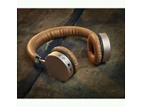 Goji golden wireless headphones, used, good condition only 4 months old