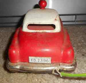 1950s Remote Control Fire Chief car Regina Regina Area image 4