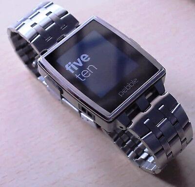 Pebble Steel: innovative Smartwatch mit zehn Tagen Akkulaufzeit (Chris F (CC BY 2.0))