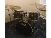 Pearl drumkit and cymbals