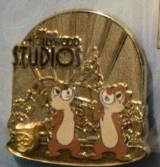 Disney Chip & Dale Passholder Hollywood Studios Sorcerer Hat Icon pin