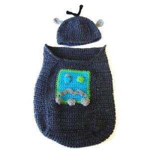ROBOT-CROCHET-PATTERN-BABY-COCOON-COZY-HAT-CUTE-EASY-NEWBORN-INFANT-COSTUME