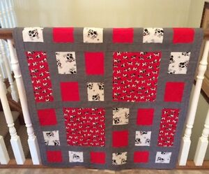 CRIB QUILT   - Red Cows
