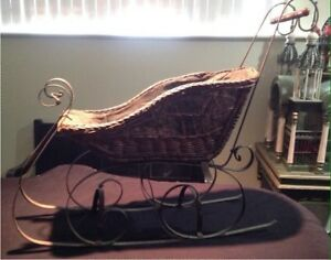 Wrought Iron Wicker Carriage Christmas Sleigh