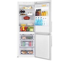 *FOR SALE* RB29 Fridge Freezer with Digital Inverter Technology, 290 L