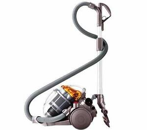 Dyson DC19 Vacuum with Turbine Head Willoughby Willoughby Area Preview