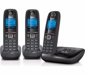 New GIGASET Cordless Phone with Answering Machine Triple Handsets Was: £89.99