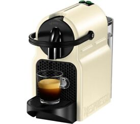 Nespresso Inissia Coffee Machine 8 months old