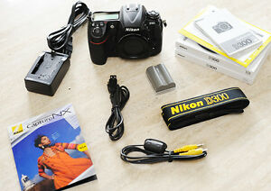 good condition nikon D300 dslr pro body