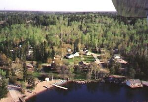 Deluxe Lakefront Cottages at BIG WHITESHELL LODGE