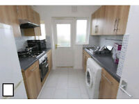 2 ROOMS AVAILABLE IN THE SAME FLAT AVAILABLE NOW!!