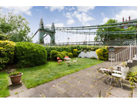 CHARMING FLAT IN GREAT LOCATION/DOUBLE BEDROOM/RECEPTION/SMALL TERRACE & ACCESS TO COMMUNAL GARDENS