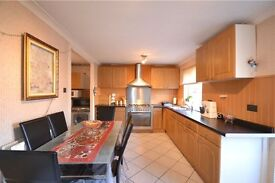 3 Bed House Fully Furnished, available to rent from December 2016. Located in Crown Wood