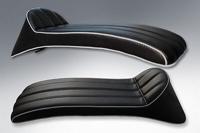 LAMBRETTA GORI STYLE SEAT HINGED IN BLACK WITH WHITE PIPING