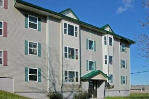 Parkwood / 3 BR / $765 /On Bus Route / H + HW/