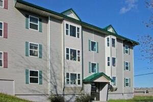 Parkwood / 3 BR / $745 /On Bus Route / H + HW