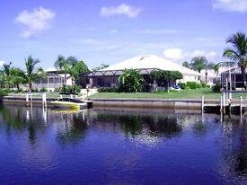 Fanatstic waterfront Villa- Florida Gulf Coast-private pool and boat dock