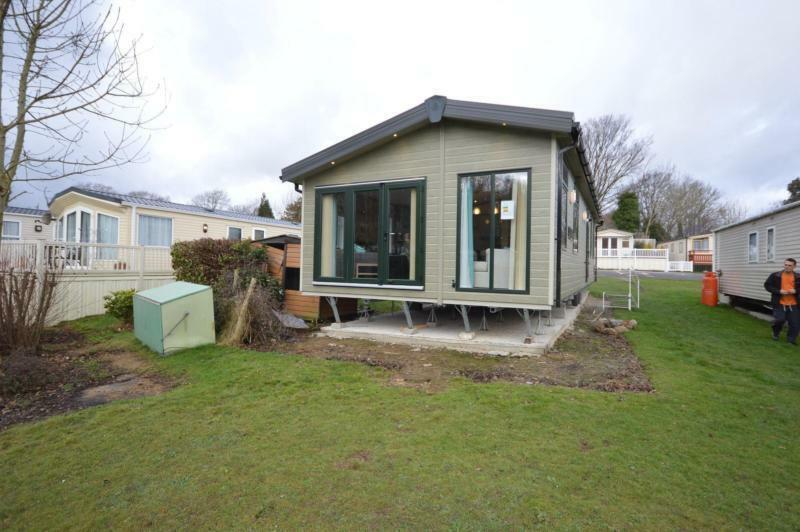 Beautiful  Caravan For Sale On Quiet Site With Sea Views In Hastings East Sussex