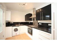 SUPERB 3 BED PENT HOUSE AVAILABLE FOR RENT RIGHT NOW IN KINGS CROSS