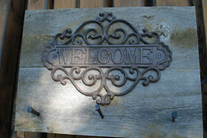 Rustic Barn Board Coat Rack - WELCOME sign Kingston Kingston Area image 3