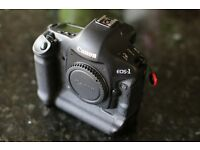 Immaculate Canon EOS 1D Mark 1V