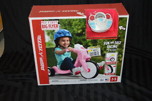 NEW Radio Flyer Tricycle