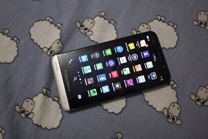 Brand New Blackberry Z30 (Unlocked) VERY LOW PRICE