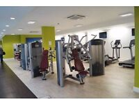 *!* LIVING ROOM *!* LUX 3 BED 2 BATHROOMS FLAT ** FREE GYM /// NEXT TO RIVER