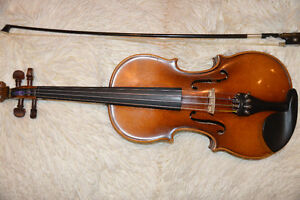 3/4 Violin with Bow and Violin Case