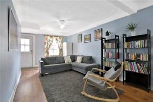 4 Bedroom Home in Hamilton