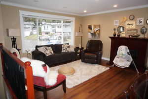 +++ Renovated and contemporary 4 Bed 2 Bath SAFE and CLEAN ! :)