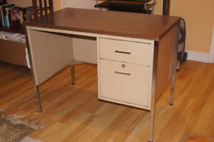 Sturdy Metal Desk with drawers