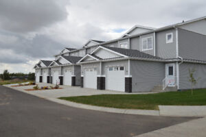 Kindersley-2BR Townhouse Available 1 Oct/17 - 1286SF