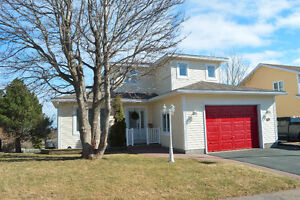 Great East End Location with a View! -11 Lawton Cres $429,900