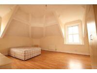 4 bedroom flat in Heaton Road, Heaton, Newcastle Upon Tyne, NE6