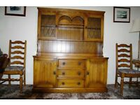 Traditional style dining room/lounge furniture