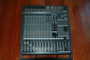 Power Mixer amplifie YAMAHA 2X500