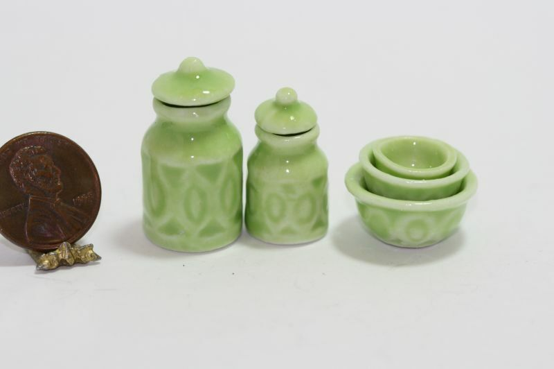 Dollhouse Miniature Kitchen Canister & 3 Bowl Nesting Set in Green