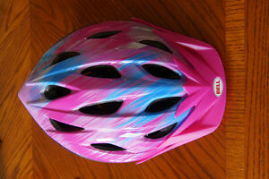 Bell bike helmet - in excellent condition