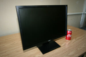 """Acer V223W 22"""" LCD Widescreen Monitor"""