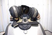 épaulettes et  PANTALON de hockey DR